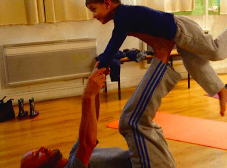 Atelier Yoga en duo Parent/enfant 3/7 ans - Paris 11è