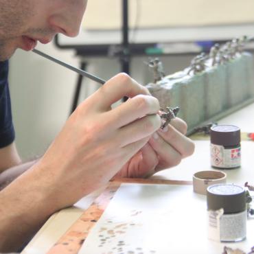 Atelier 1001 maquettes -Peinture de figurine - Paris 11è