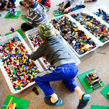 Atelier Anniversaire à domicile avec des briques LEGO® et moteurs/batteries électriques - 4/12 ans