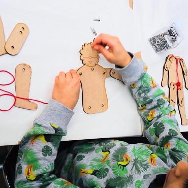 Atelier Dessine et construis ton propre jouet-7è