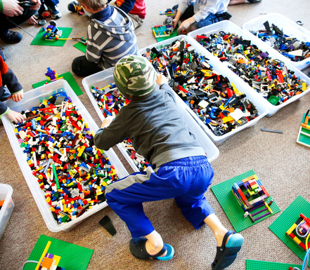 Anniversaire briques LEGO® et moteurs/batteries électriques - 4/12 ans